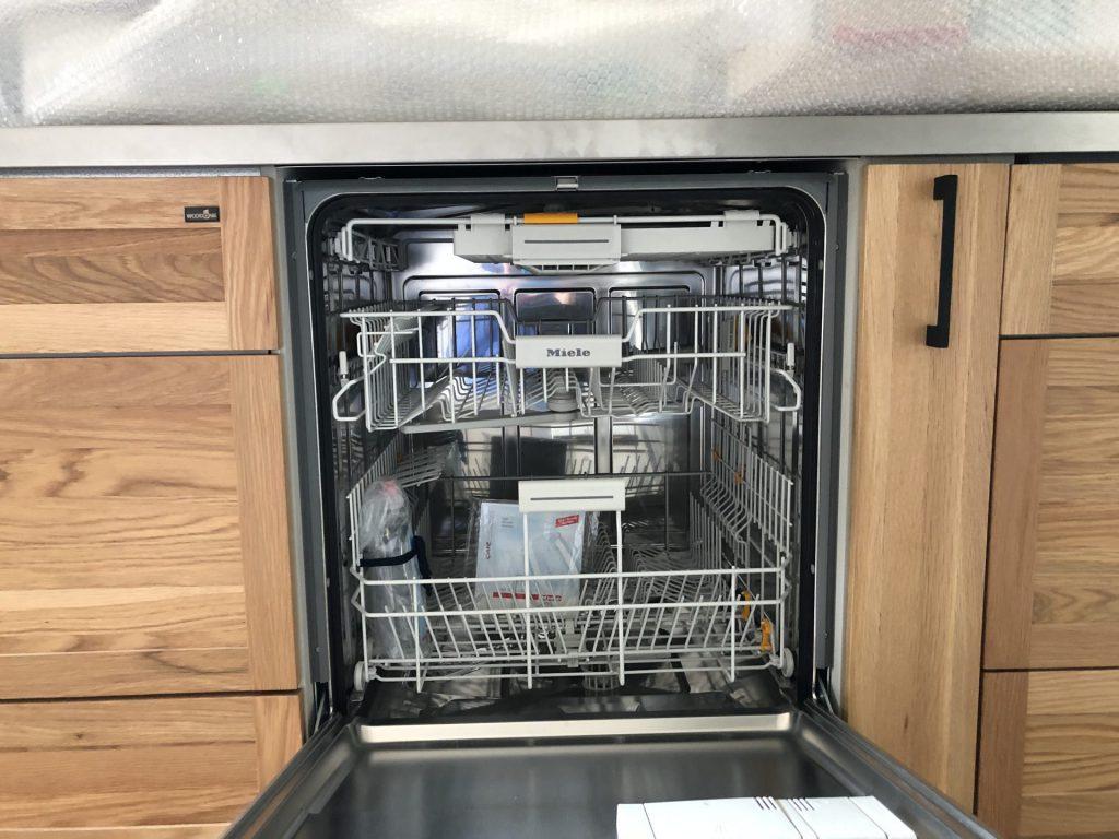 新潟市 東区 キッチン 食洗器 節約 食器洗い 家事の味方 ミーレ